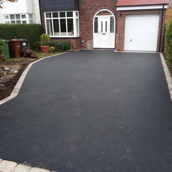 how much is a tarmac driveway in Knaresborough ?